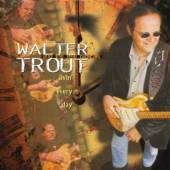 TROUT WALTER /BAND  - CD LIVIN' EVERY DAY