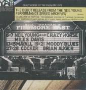 YOUNG NEIL & CRAZY HORSE  - LIVE AT FILLMORE EAST
